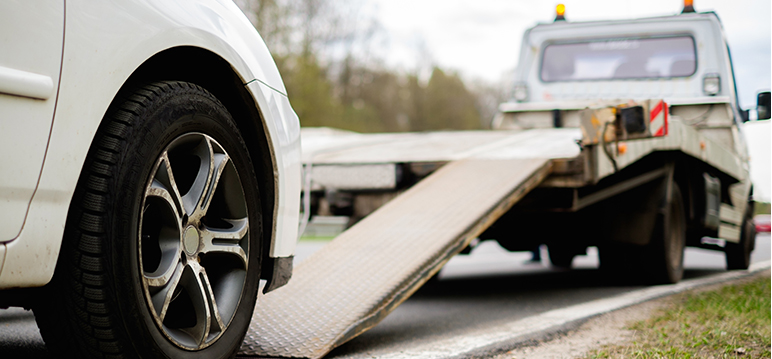 How towing service provider clear your roadside vehicle problems?