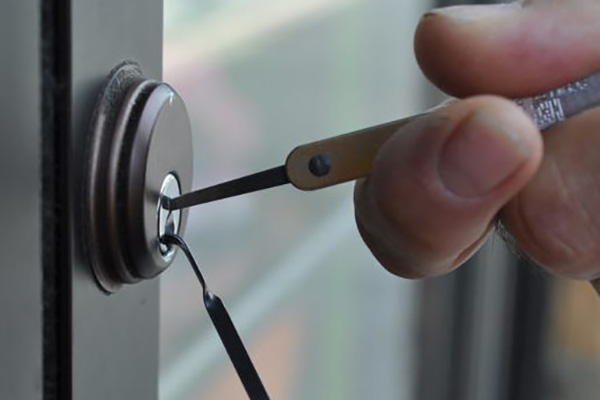 Are you finding the professionally trained locksmith in San Antonio city?