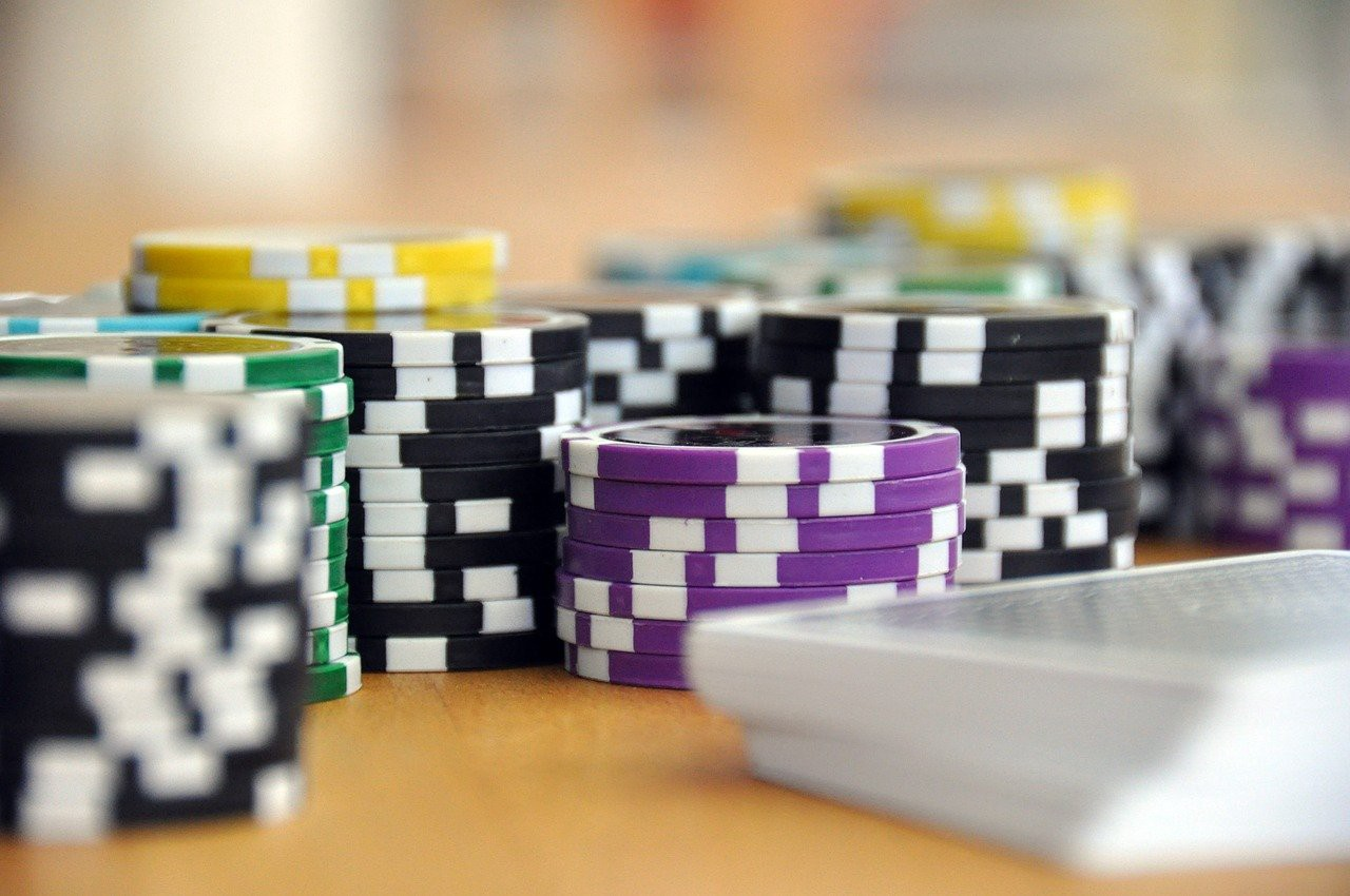 The Basics On How To Play Free Poker Online - Gambling